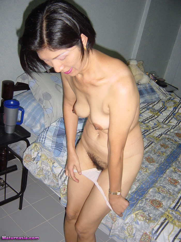 Asian Granny Wan - video-slut.comvideo-slut.com
