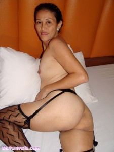 mature_asian_milf_00452293f7836c06.jpg